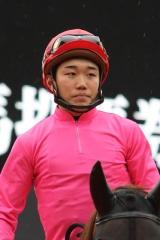 櫻井光輔騎手-01