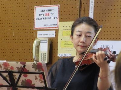 嵯峨山先生の演奏