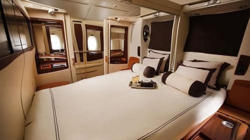 1singapore-airlines-suite-5.jpg