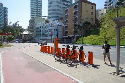 シェア自転車のスタンド