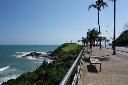 海岸線を散歩