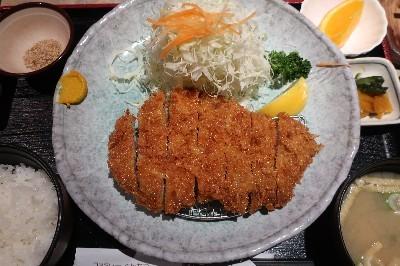 かざまロースカツ定食01