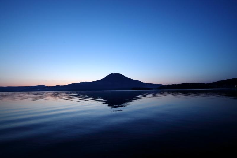 9359 阿寒湖と雄阿寒岳
