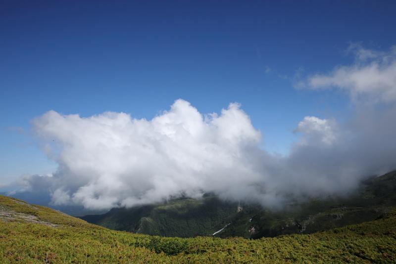 7554 湧き上がる雲