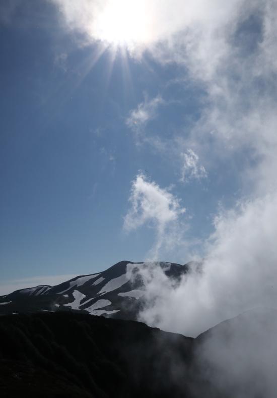 7564 湧き出る雲