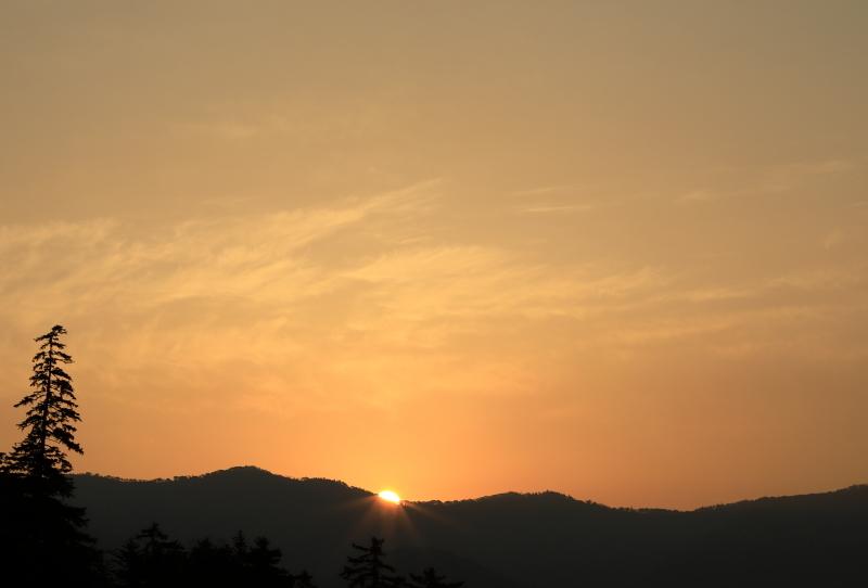 7806 三国峠の朝