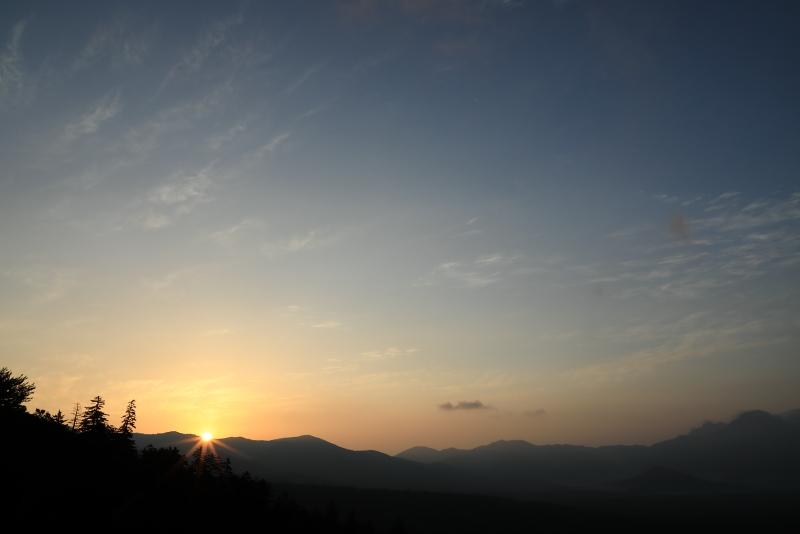7812 三国峠の朝