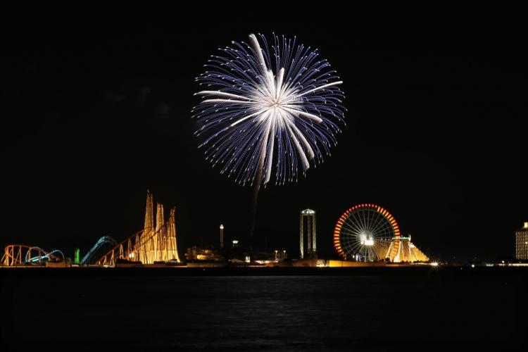 2019-8-4長島花火・単発0S8A9867