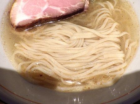 麺と心 7 冷やし中華そば(塩)(麺のアップ)