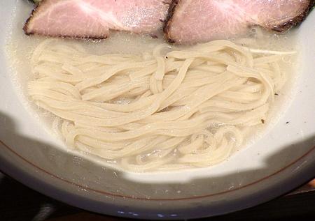 麺と心 7 冷やし鯛塩そば(麺のアップ)