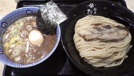 麺屋たけ井 阪急梅田店 味玉つけ麺