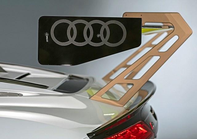Audi-R8-LMS-GT2 (6)