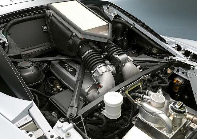 Audi-R8-LMS-GT2 (3)