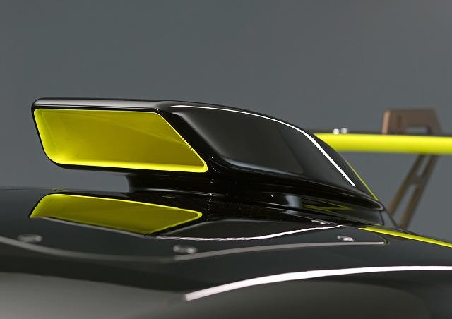 Audi-R8-LMS-GT2 (4)