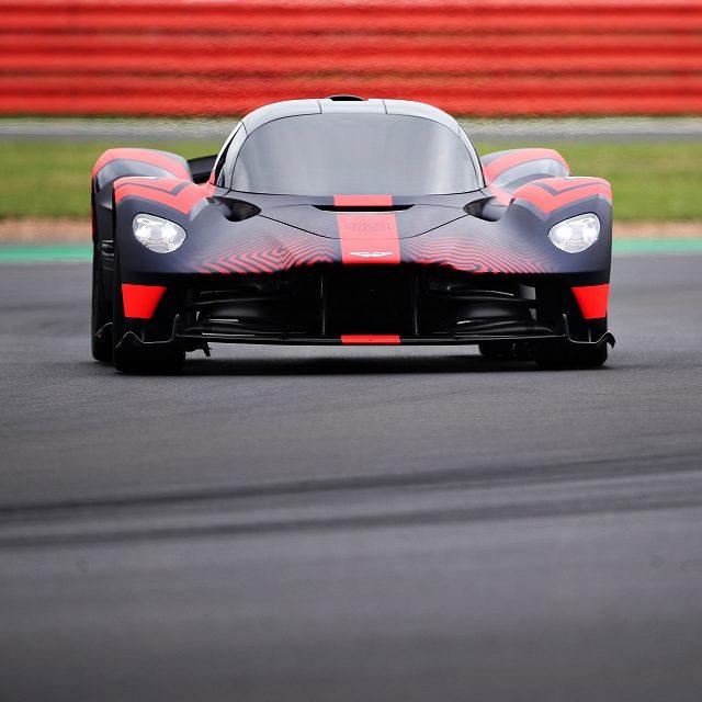 Aston_Martin_Valkyrie_at_Silverstone (1)
