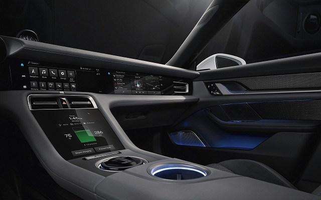 Porsche Taycan Interior 93 (3)