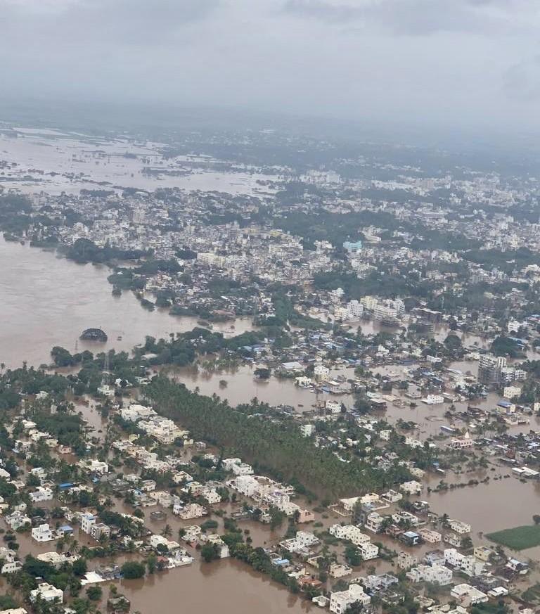 sangli-maharashtre-floods-august-2019-CMO-Maharashtra.jpeg