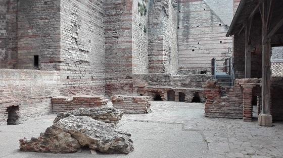 アルル、コンスタンティヌス公衆浴場