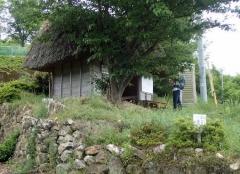 8茅葺きの遍路小屋