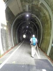 3こんなトンネルって