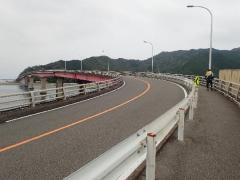 22宇佐大橋を渡る