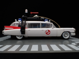 TRANSFORMERS Ghostbusters Ecto-1 Ectotron (9)