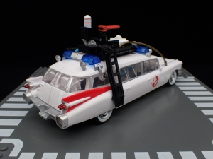 TRANSFORMERS Ghostbusters Ecto-1 Ectotron (7)