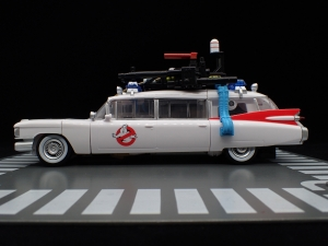 TRANSFORMERS Ghostbusters Ecto-1 Ectotron (8)