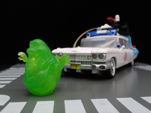 TRANSFORMERS Ghostbusters Ecto-1 Ectotron (15)