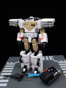 TRANSFORMERS Ghostbusters Ecto-1 Ectotron (19)