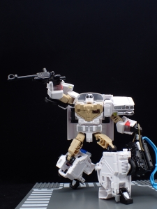 TRANSFORMERS Ghostbusters Ecto-1 Ectotron (26)