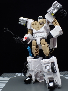 TRANSFORMERS Ghostbusters Ecto-1 Ectotron (28)