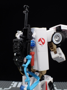 TRANSFORMERS Ghostbusters Ecto-1 Ectotron (30)