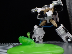 TRANSFORMERS Ghostbusters Ecto-1 Ectotron (37)
