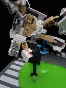TRANSFORMERS Ghostbusters Ecto-1 Ectotron (41)
