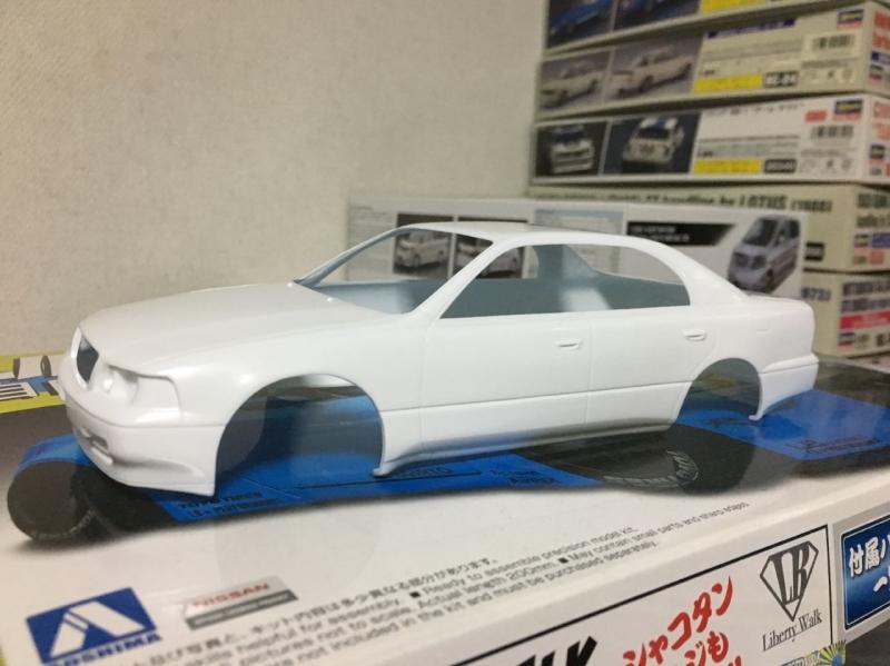 アオシマ モデルカー マジェスタ