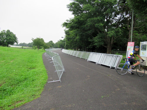 武蔵野の森公園ロードレース会場