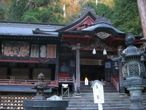 榛名神社本殿201410