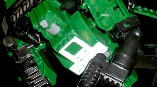 DHM ROBOT MIRITARY TRUCK DISSOLUTION MASTER