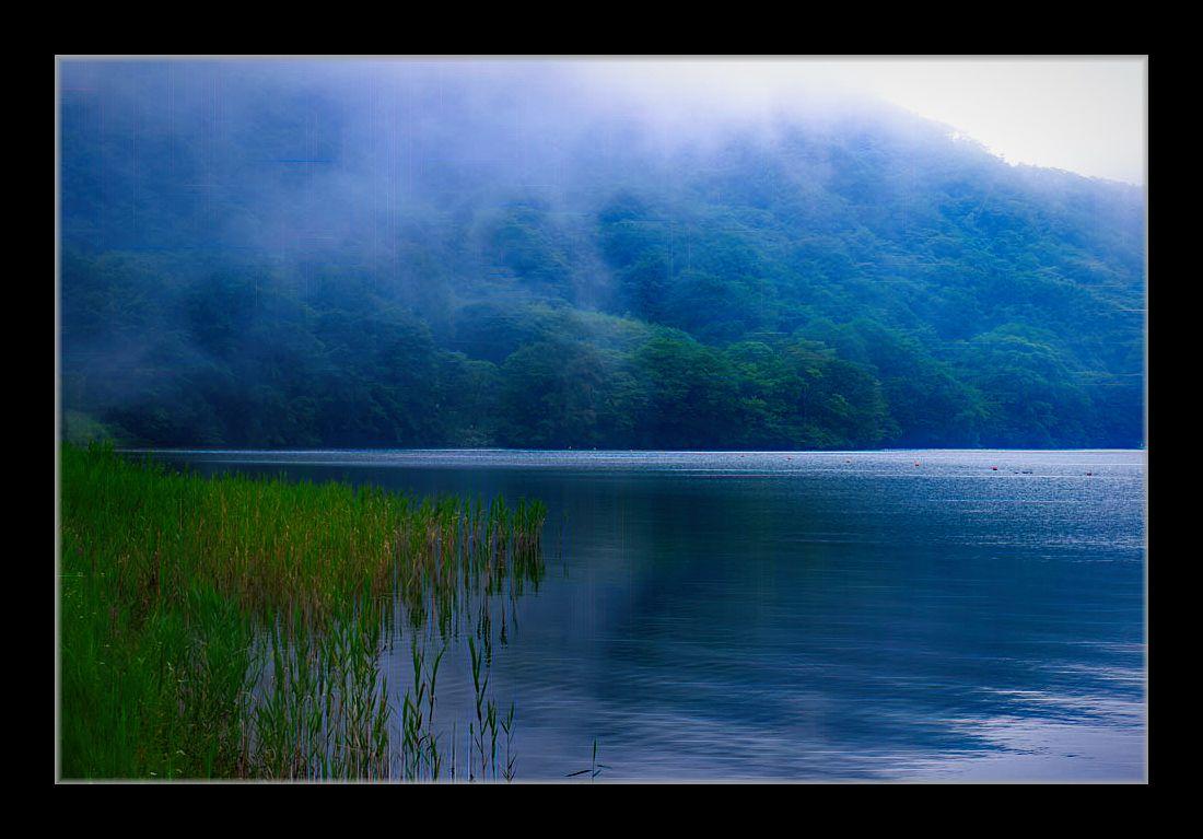 霧の榛名湖