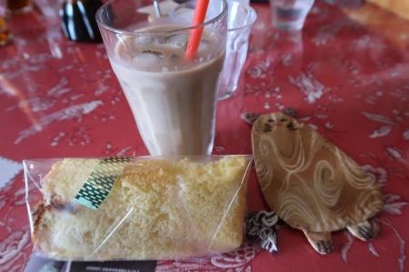 どんぐり食堂さん シフォンケーキ