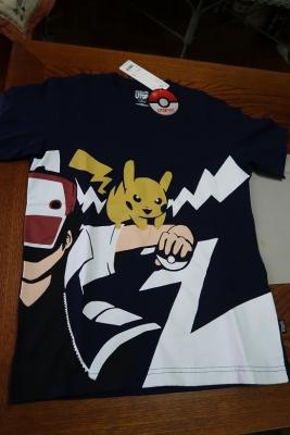ピカチュウTシャツ