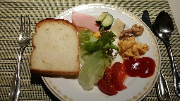 パンと野菜