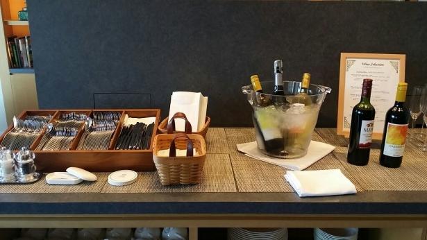 お酒テーブル