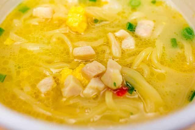 日清食品 「名店が認めた本格style 篝 鶏白湯Soba」