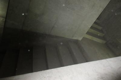 雨水貯留槽 階段