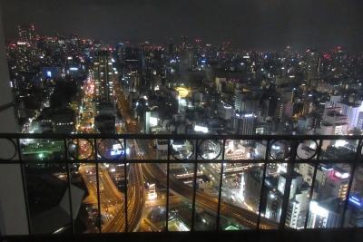 大阪のホテルからの夜景