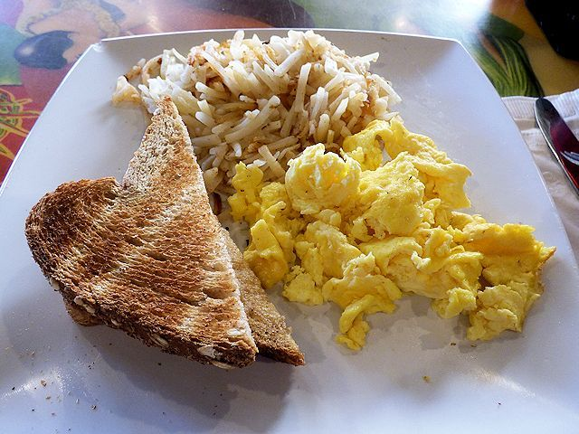 チーズバーガーインパラダイスの朝食特別メニュー