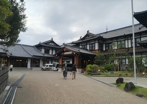 1 奈良ホテル正面IMG_20190527_184218