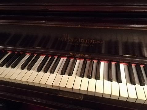 4 アインシュタインが弾いたピアノ